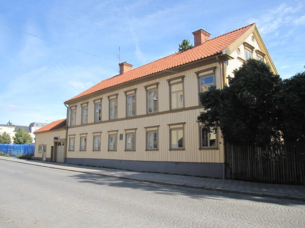 Bild på westerlundska gården utsida hus